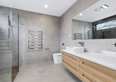 8 Chiswick - Bathroom - Web
